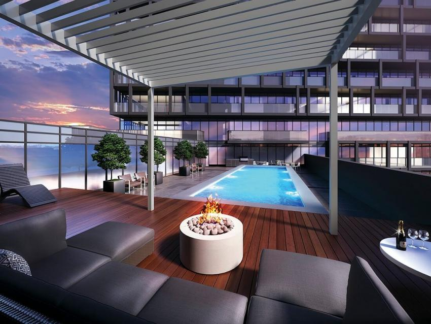 Rooftop Fireplace and Pool